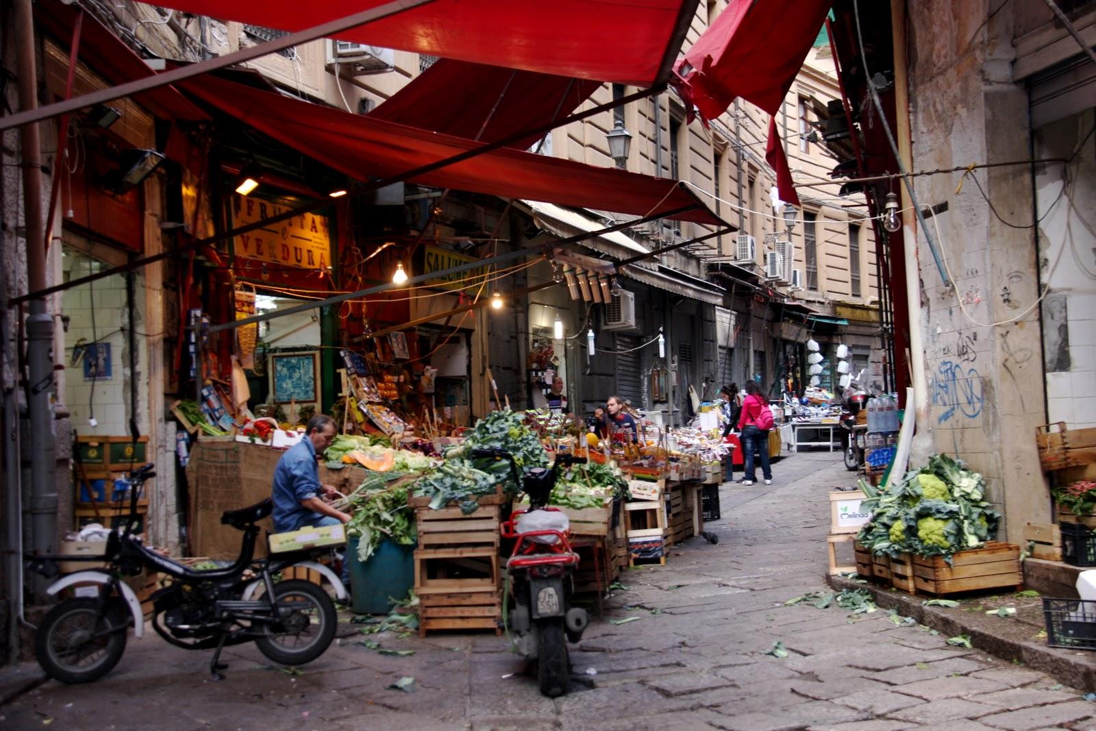 """Market town """"Vucciria"""" in Palermo"""