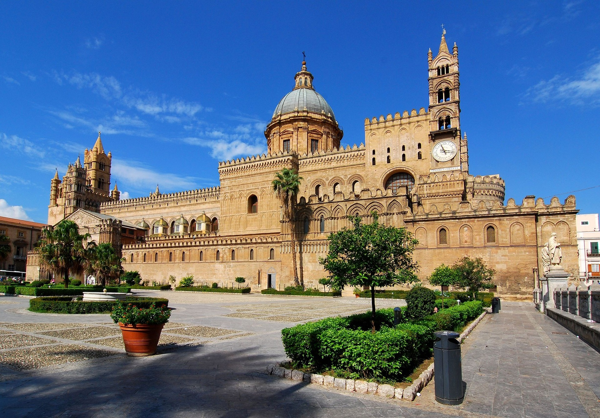 City to City Hop: 8 Exciting Things to See on a Transfer Tour of Sicily