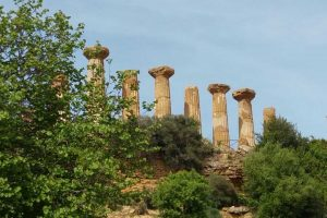 Agrigento-Temple-of-Hercules