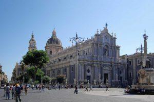 CAtania-Duomo-square