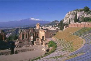 Etna-and-Taormina-from-Catania-7