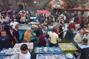 Fish-Market3276736