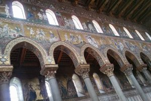 Gold-mosaics-of-The-Duomo-in-Monreale-2