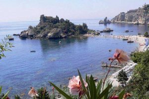 Taormina-view-of-Isolabellla