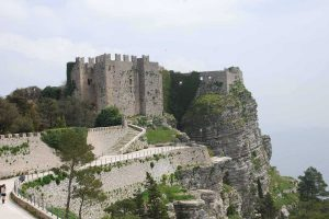 The-castle-of-Erice-external-visit