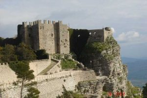 Visit-Erice-as-a-first-stop