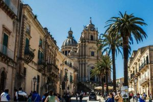 baroque-towns-of-val-di-noto-and-lunch-with-locals-from-siracusa