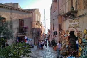from-Agrigento-to-Trapani-stops-into-Segesta-and-Erice-4