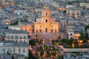 from-Taormina-to-Syracuse-via-Ragusa-Modica-and-Noto-3
