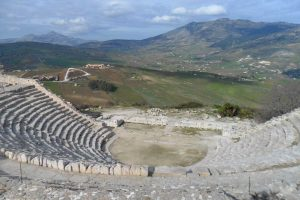 segesta-theater-view