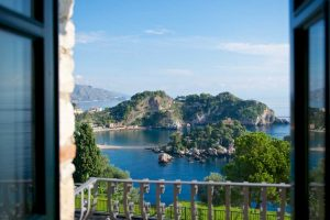 time-at-leisure-in-Taormina-to-have-great-view-w-more