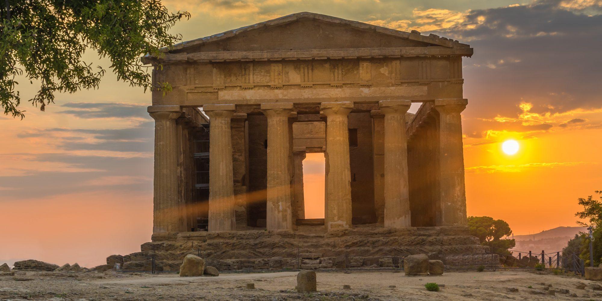 AGRIGENTO - Tempio al Tramonto