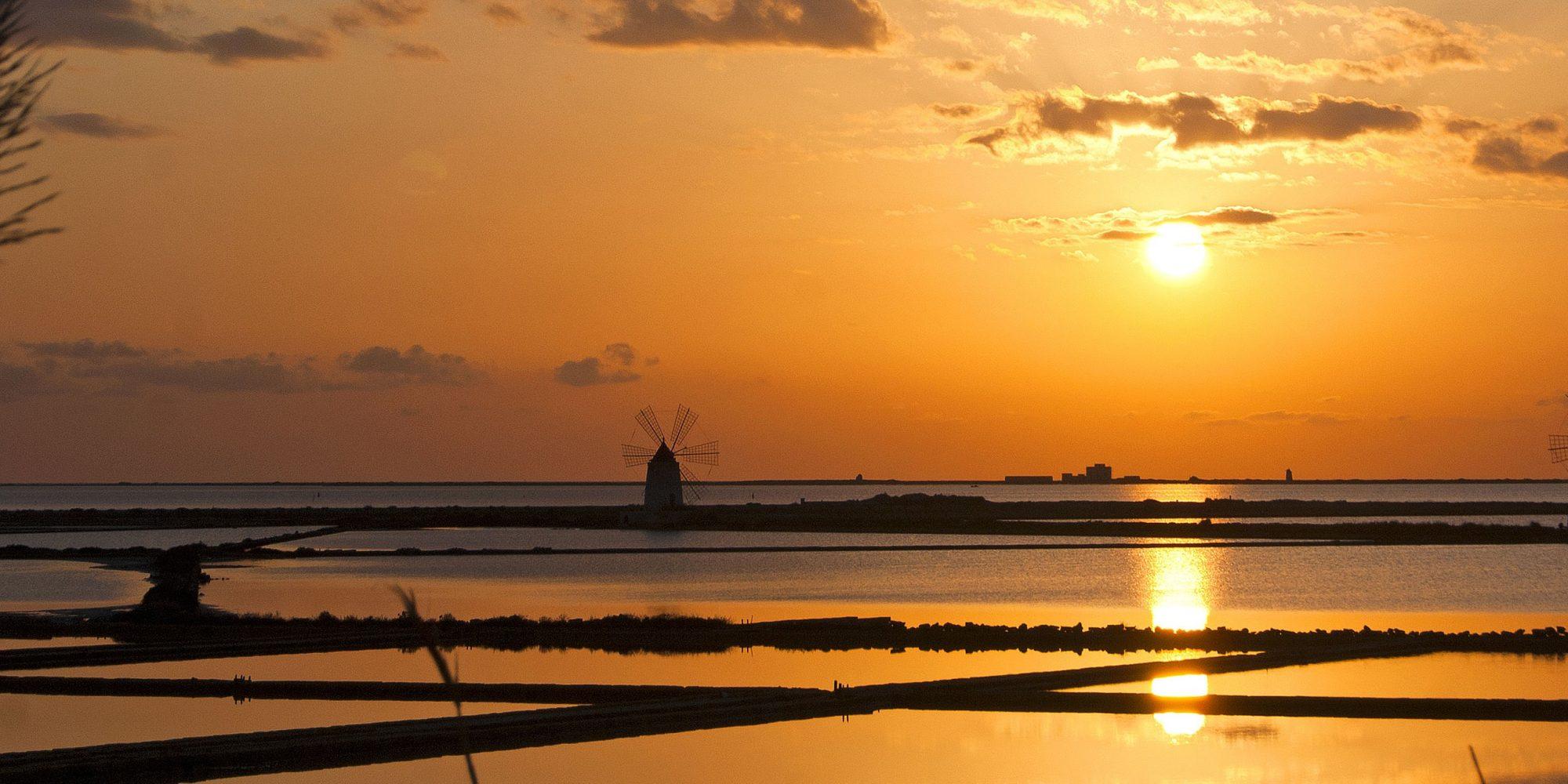 MARSALA - Saline al tramonto